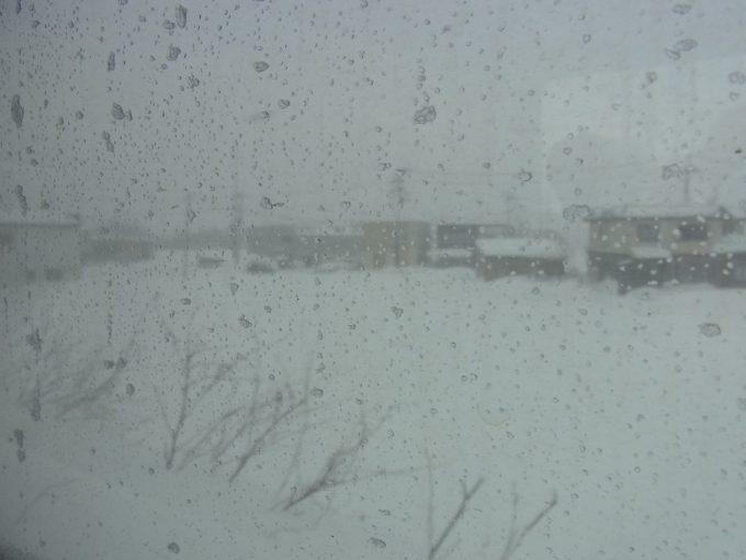凍てつく車窓冬の津軽海峡線