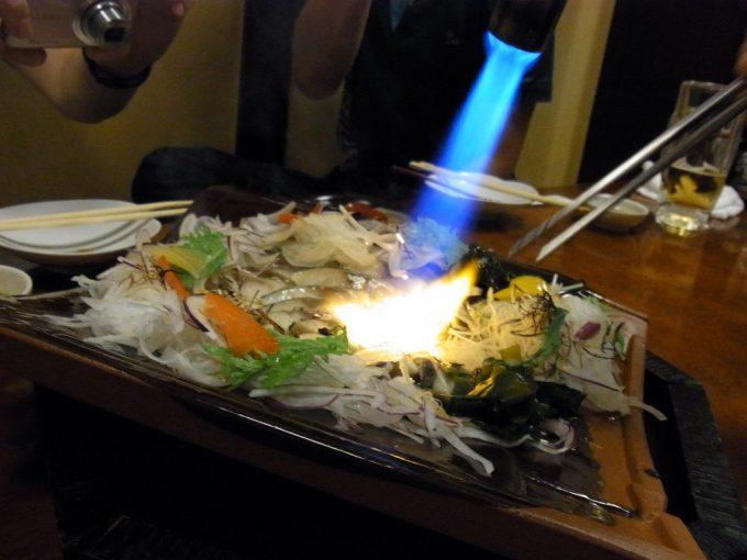 仙台目の前であぶる炙り〆鯖