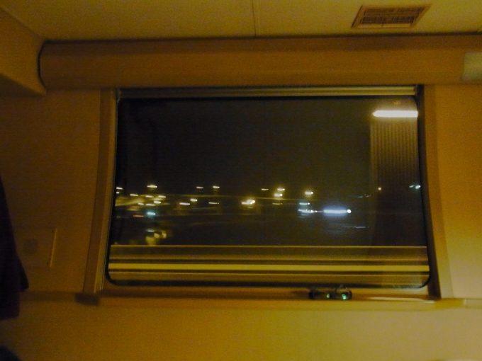 サンライズ出雲から眺める早川の灯り