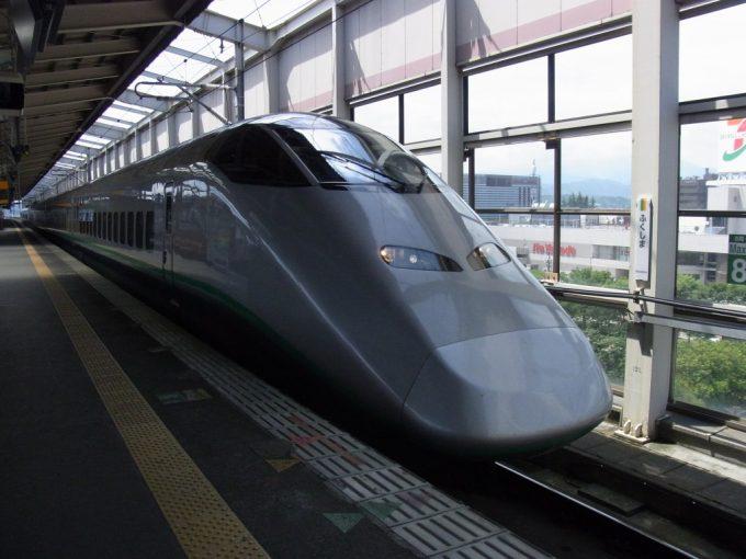 福島駅で山形新幹線つばさに乗り換え
