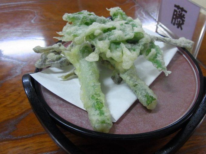 夏油温泉山菜の天ぷら