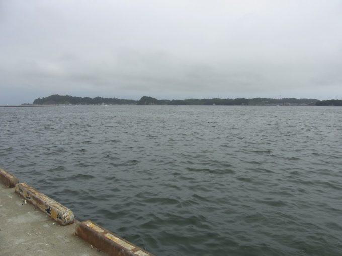 穏やかな塩竈の海