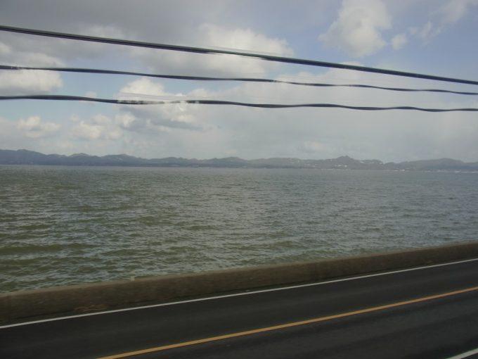 サンライズ出雲車窓に広がる宍道湖