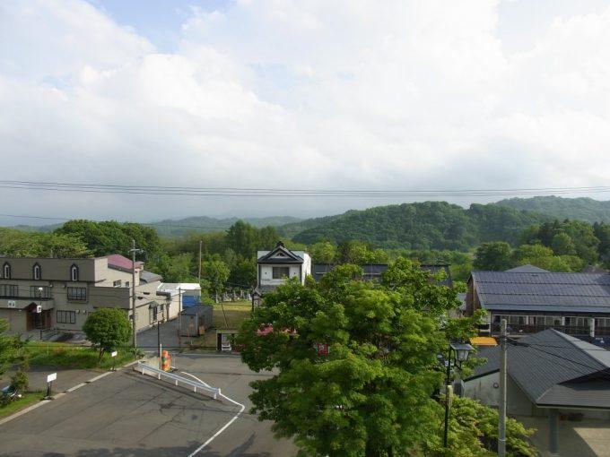青森嶽温泉小島旅館客室からの爽快な眺め