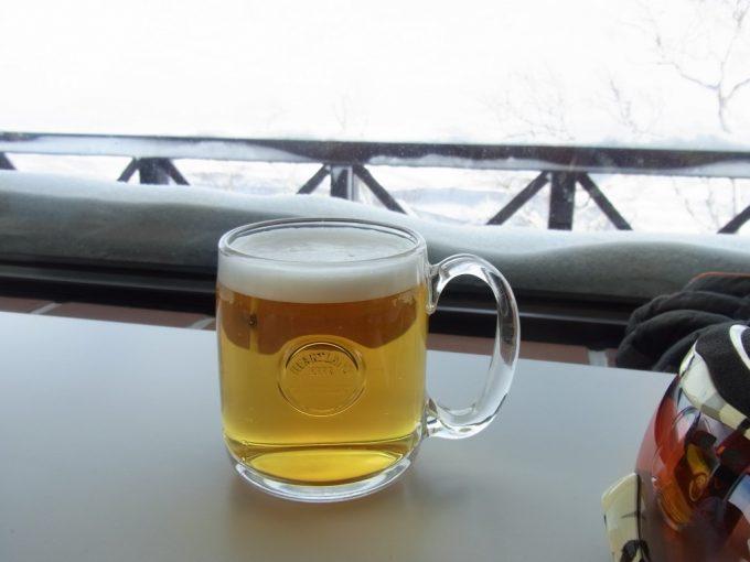 ニセコグランヒラフスキー場エースヒルでハートランド生ビール