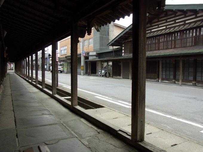 黒石こみせに感じる江戸藩政時代