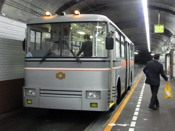 日本で黒部だけトロリーバス