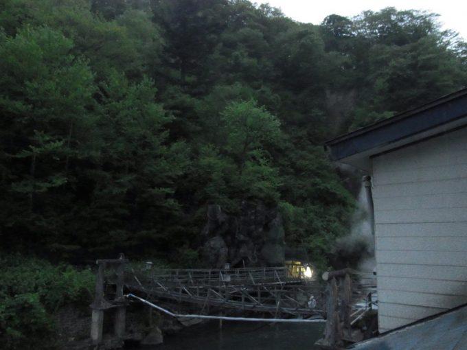 八幡平松川温泉松楓荘まもなく夕暮れ