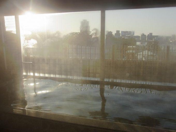 松江野津旅館西日に輝く宍道湖を眺めながらの大浴場