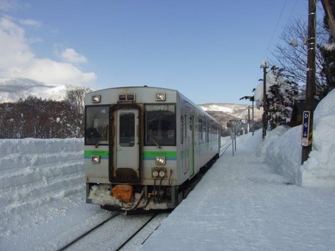真冬の函館本線キハ150