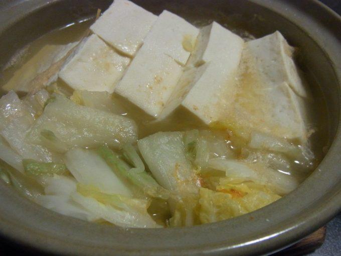 大沢温泉自炊湯治メニュー豆腐の白菜漬け鍋