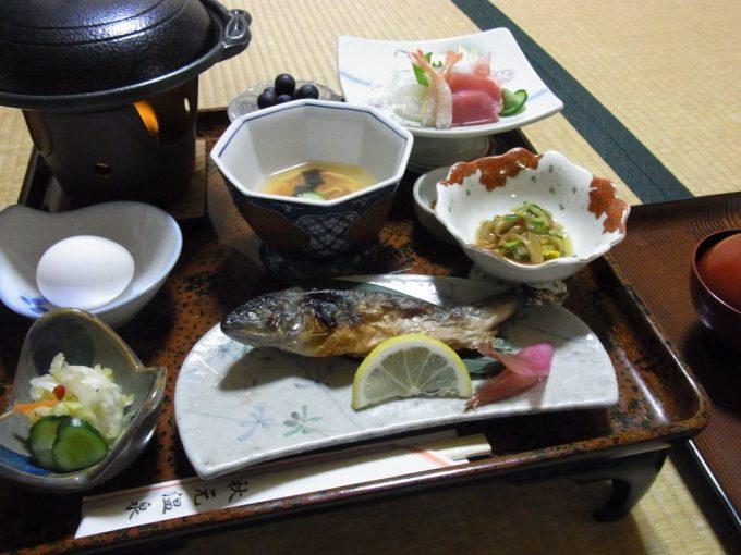 津軽湯の沢温泉郷秋元温泉夕食
