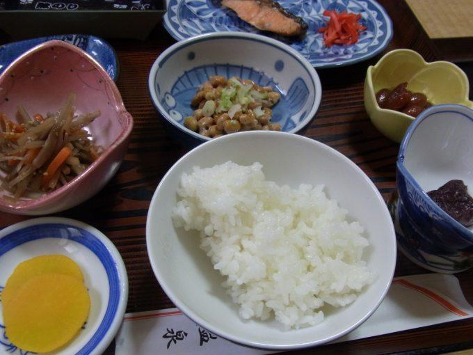 津軽湯の沢温泉郷秋元温泉朝食