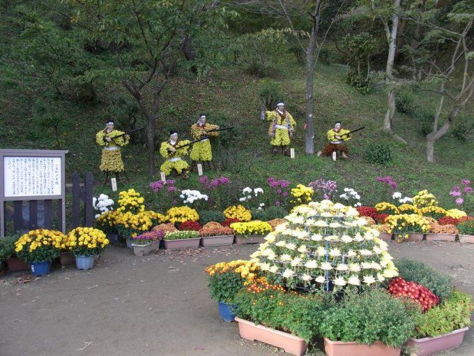 秋の二本松霞ヶ城跡菊まつり二本松少年隊の菊人形