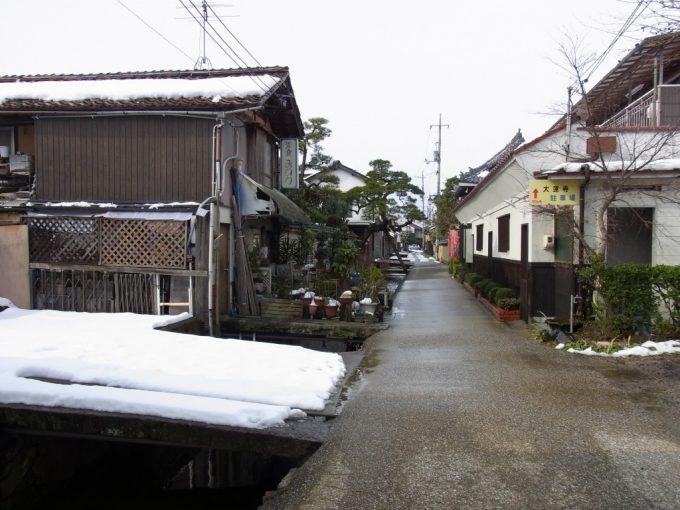 冬の倉吉生活感の漂う街並み