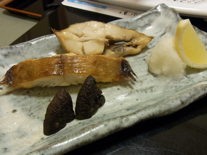 函館湯の川プリンスホテル渚亭北海カレイの塩焼き