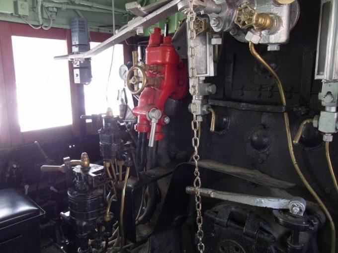 倉吉に保存されているC11の運転台