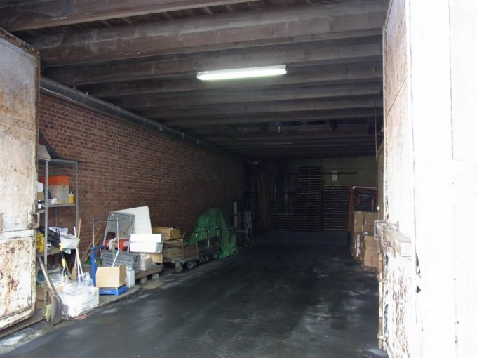冬の函館金森倉庫群現役として働く赤レンガ倉庫
