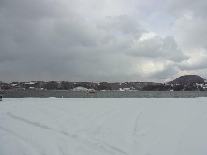 雪に埋もれる日本のハワイ羽合温泉