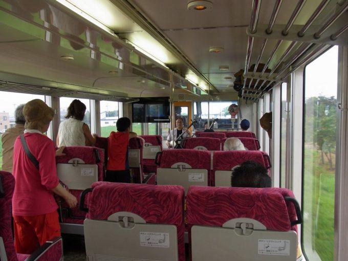 リゾートしらかみ車内イベント津軽三味線生演奏