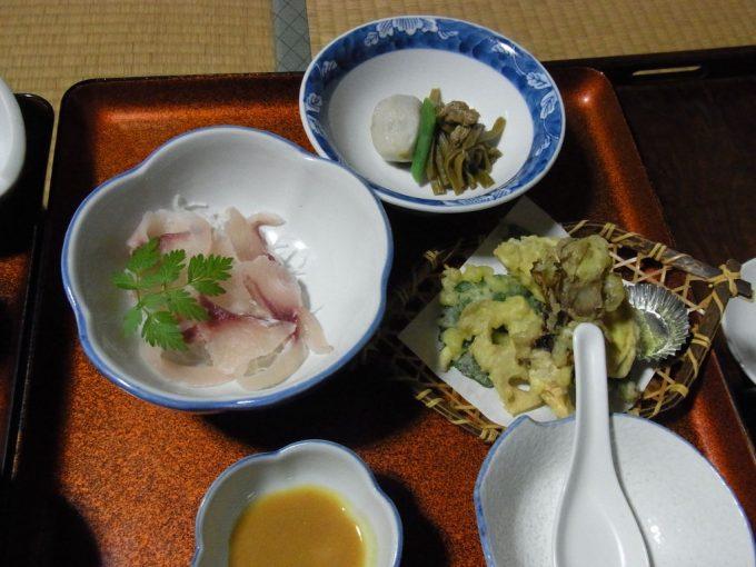 在りし日の不動湯温泉夕食2