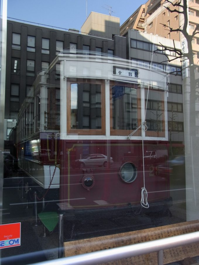 京都烏丸通ビルに保存された京都市電