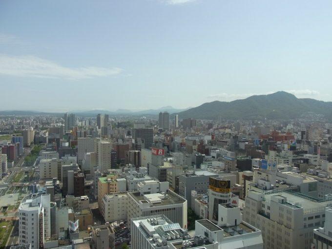 札幌テレビ塔展望台からの大パノラマ