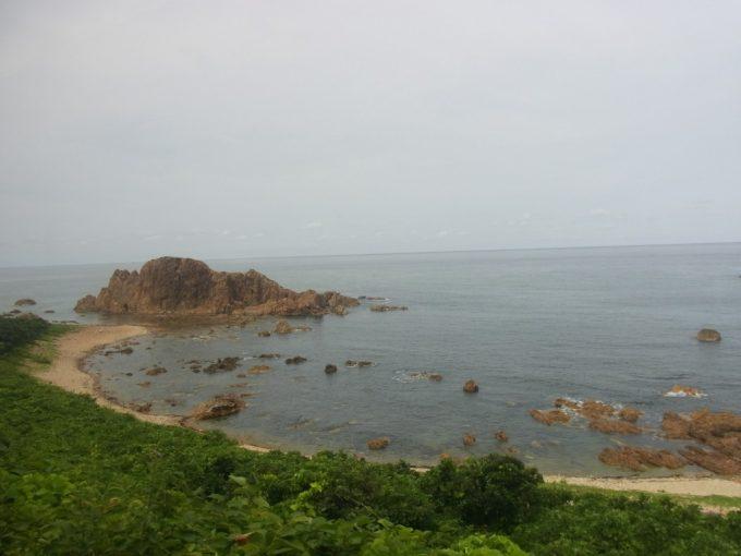 リゾートしらかみ海岸線と緑の美しい車窓