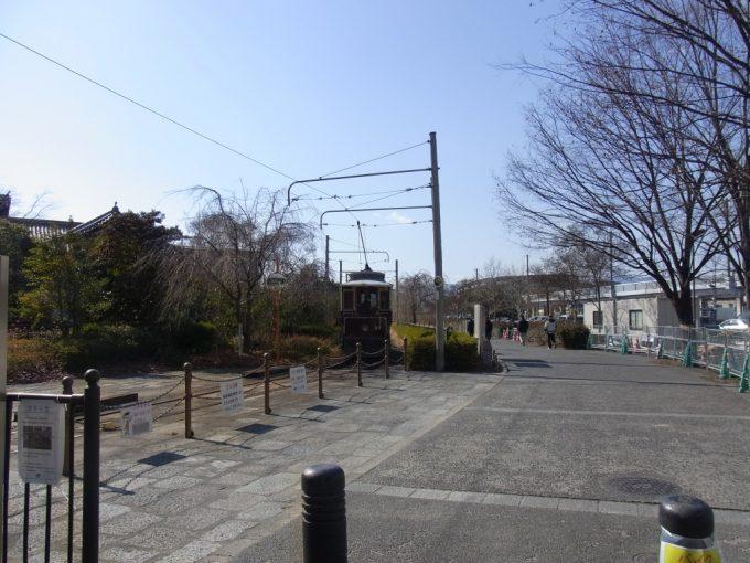 京都梅小路機関区に走るレトロ京都市電