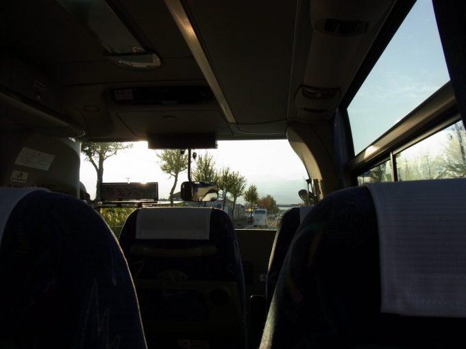 JRバス東北あぶくま号西日を受ける車内