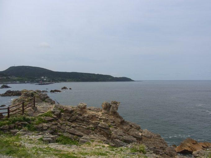 夏の日本海爽快な潮風
