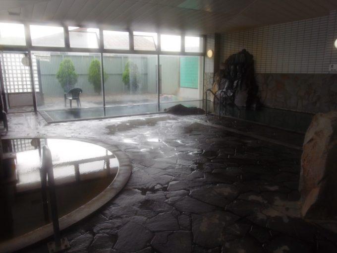 クウィンス森吉大浴場