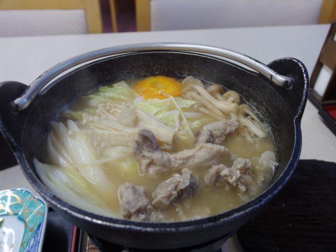 打当温泉マタギの湯うさぎ鍋