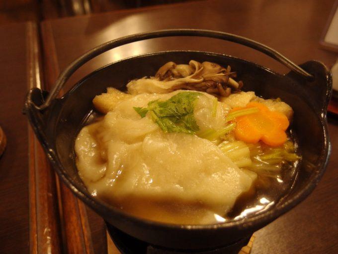 雫石玄武温泉ロッヂたちばなひっつみ鍋