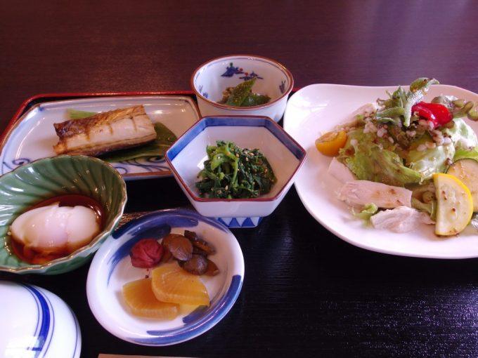 雫石玄武温泉ロッヂたちばな朝食