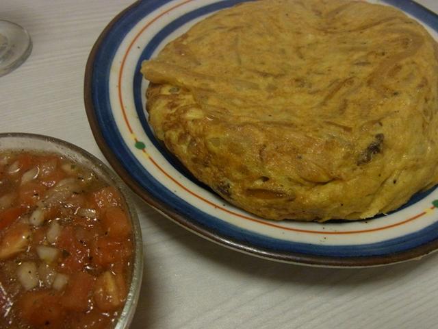 すき焼きオムレツトマトバルサミコソース