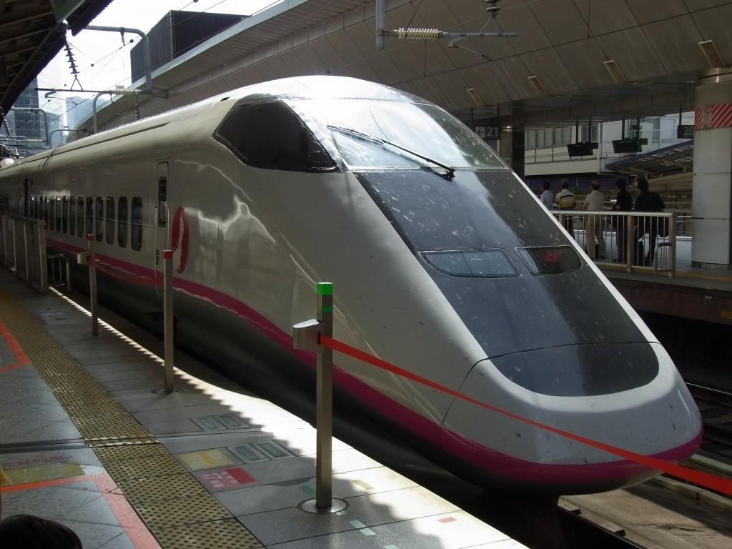 東京駅E3系こまち