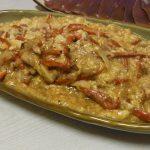 鶏と赤ピーマンの卵白塩麹炒め・鶏と栃尾の油揚げの治部煮風