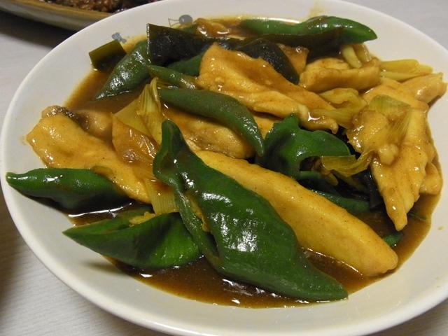 鶏と万願寺唐辛子のカレー南蛮風