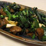 葉にんにくレバー炒め・かすべと大根の煮物・菜の花とかまぼこのわさび風味地海苔和え