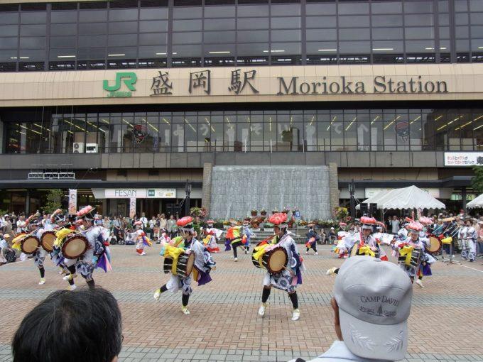 盛岡駅前広場さんさ踊り
