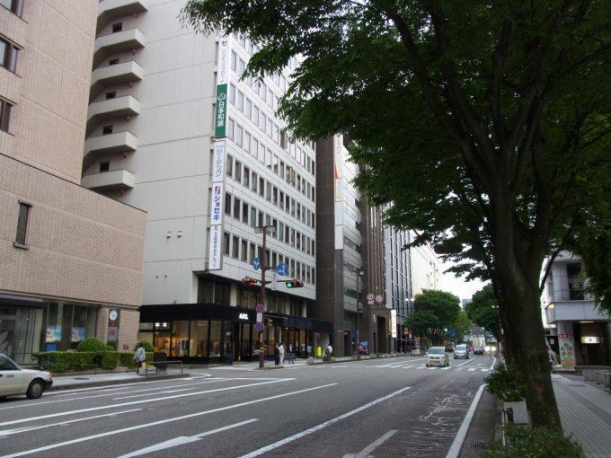 金沢の繁華街香林坊へ