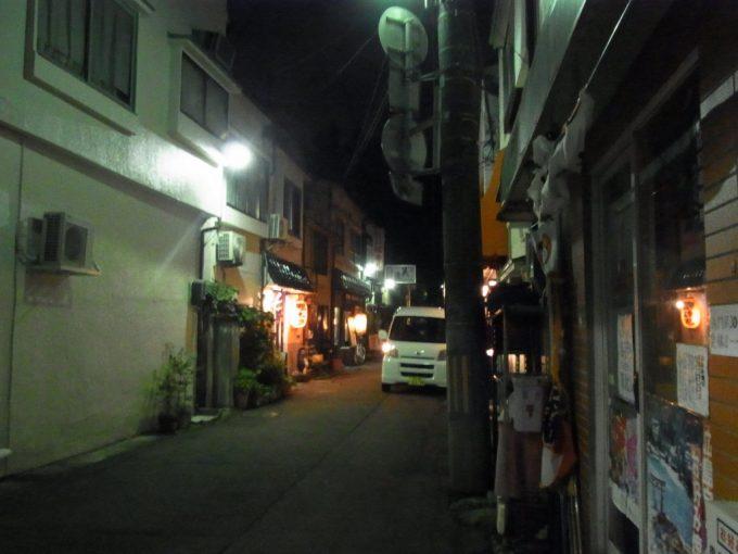 夜の盛岡味のある横丁