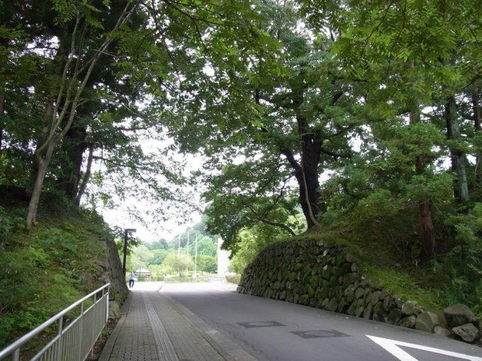 仙台城の面影残る石垣