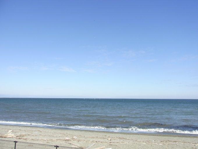 冬晴れの伊勢の海原