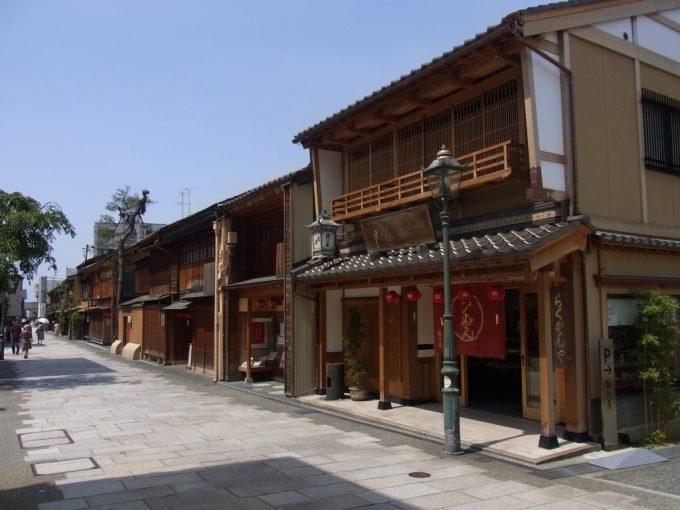 初夏の金沢にし茶屋街