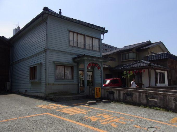 モダンな金沢にし茶屋街見番