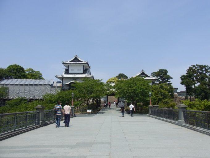 金沢石川門正面