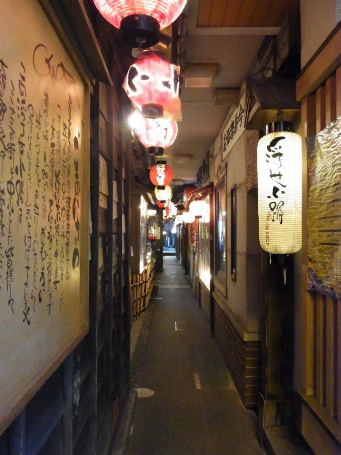 大阪ミナミ味のある路地