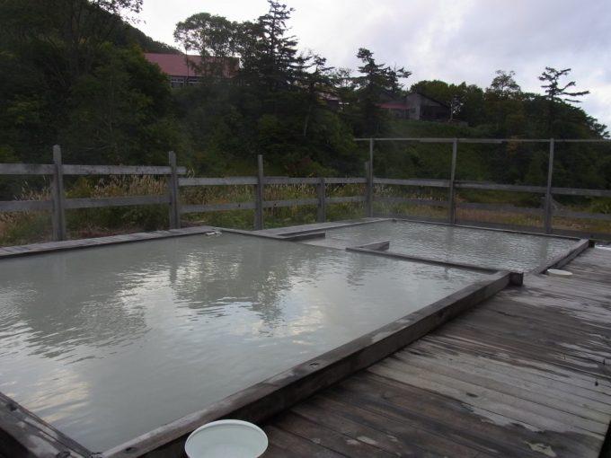秋田八幡平秘湯ふけの湯手付かずの自然の中佇む混浴露天風呂
